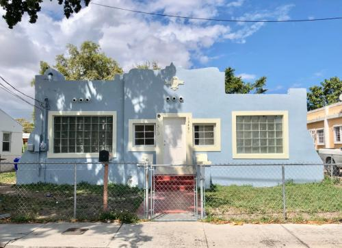 1349 NW 55th Street Photo 1