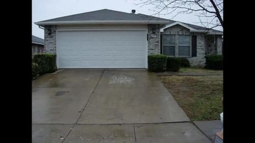 8789 Garden Springs Drive Photo 1