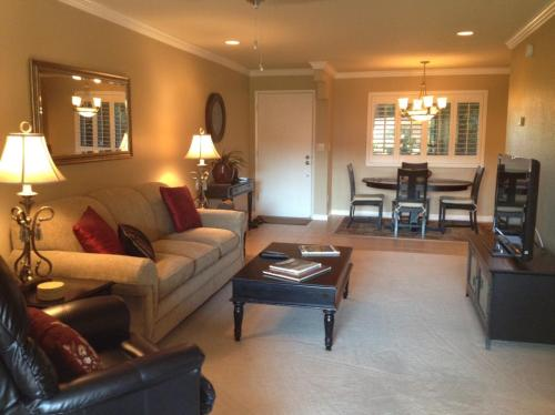 12212 N Paradise Village Parkway S #FURNISHED Photo 1