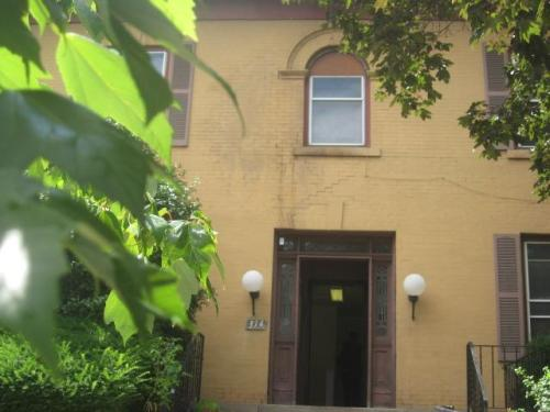 314 Stratford Avenue #1 Photo 1