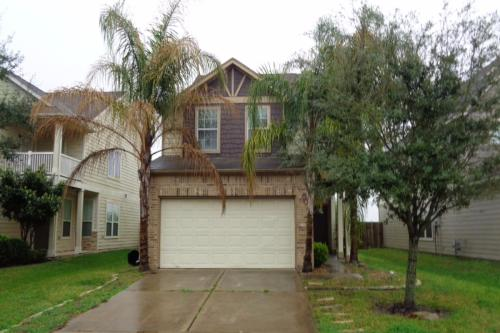 2911 Feather Green Trail Photo 1
