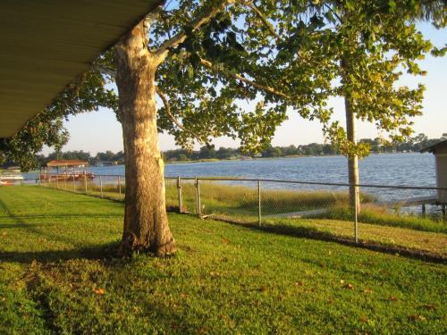 Lake Drive Photo 1
