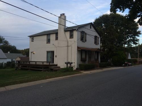 Vermont Avenue Photo 1