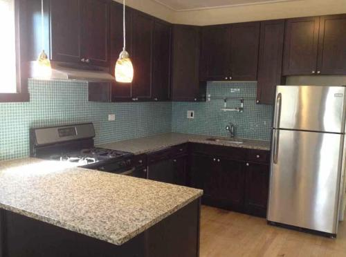 3405 W Dickens Avenue #FIRST FLOOR Photo 1