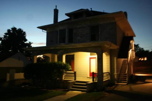 1251 E Browning Avenue #2 Photo 1