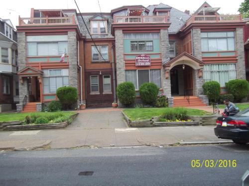 5004 Penn Street #A1 Photo 1