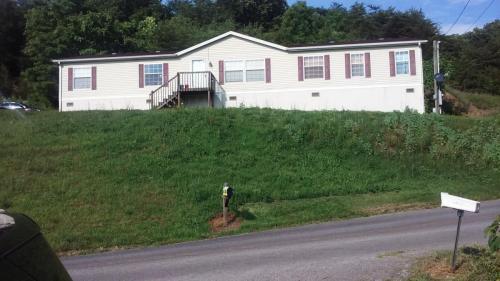 158 W Ridge Road Photo 1