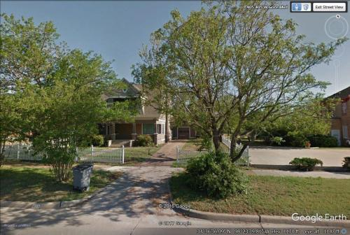 407 W Gore Boulevard Photo 1