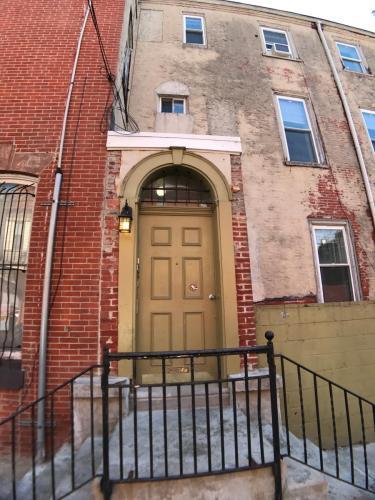 1542 N 15th Street #2R Photo 1