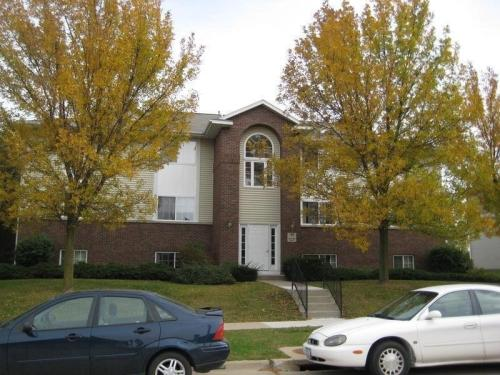 156 Westside Drive Photo 1