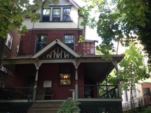 4617 Chester Avenue Photo 1