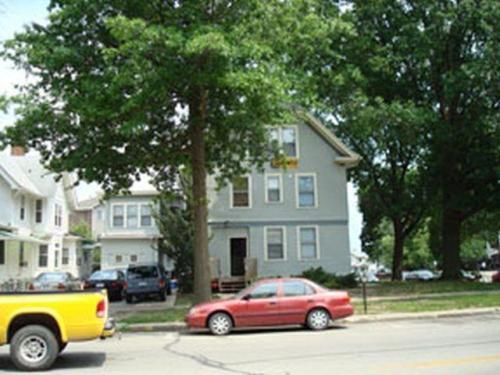 308 N Clinton Street Photo 1