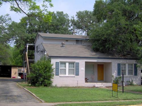 422 W Hutchison Street #201 Photo 1