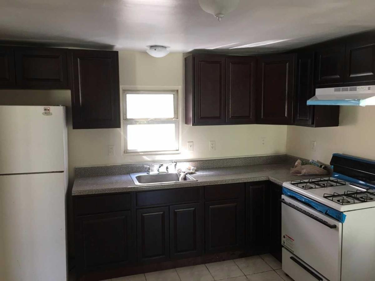 apartment unit 1 at 1027 laura street, elizabeth, nj 07201 | hotpads