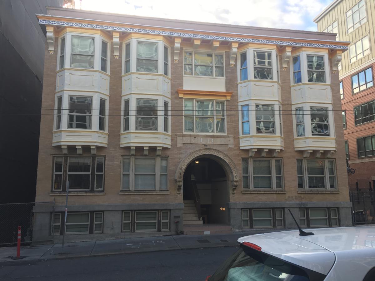 Primary Photo 1521 15th Avenue 3