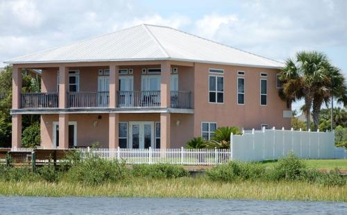 103 Inlet Drive Photo 1