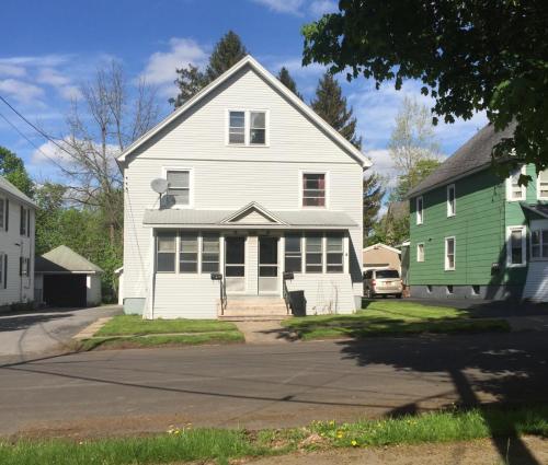 18 Warren Avenue Photo 1