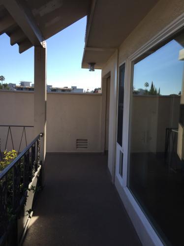 11670 W Sunset Boulevard Photo 1