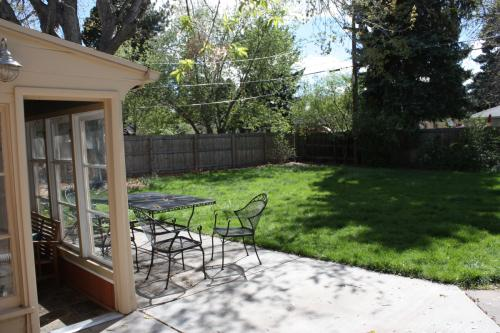 2733 W. 23rd Avenue Studio-2 Beds House for Rent Photo Gallery 1