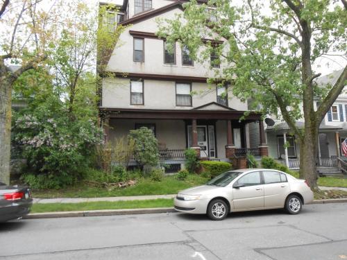 938 N Webster Avenue #2 Photo 1