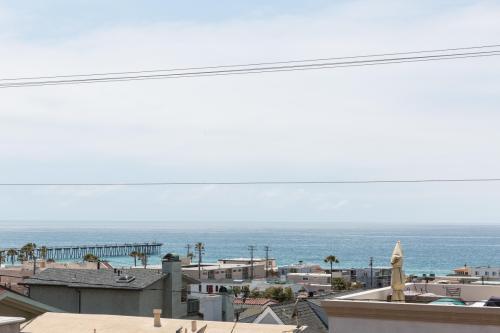 1701 Monterey Blvd Photo 1