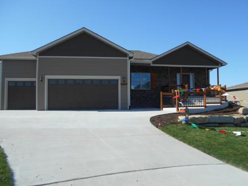 5607 Fort Laramie Court Photo 1