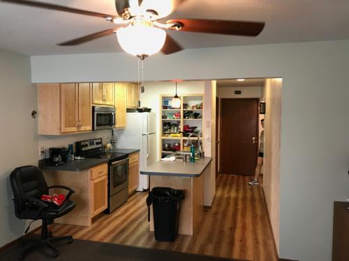 Apartment unit 4 at 808 13th avenue se minneapolis mn 55414 apartment unit 4 at 808 13th avenue se minneapolis mn 55414 hotpads aloadofball Image collections