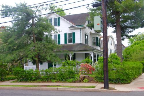 43 Wiggins Street #B Photo 1