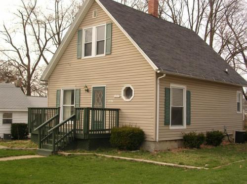 1207 W Wood Street #HOUSE Photo 1