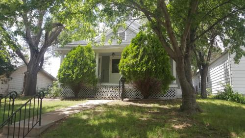217 S Taylor Street Photo 1