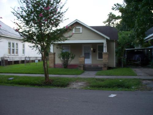 1811 Chapman Street Photo 1