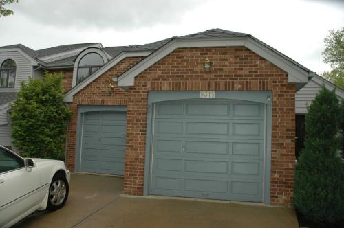 9315 Eagleview Drive Photo 1