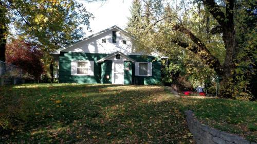 911 E Birch Avenue #HOME Photo 1