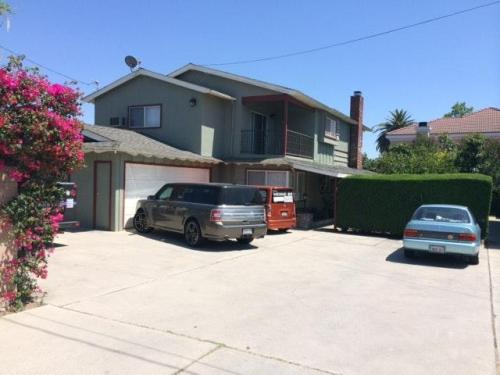 8418 Mission Drive Photo 1