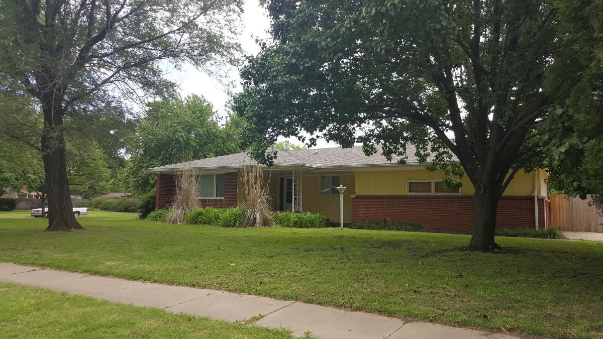 1629 W 34th Street N Apt House Wichita Ks 67204 Hotpads
