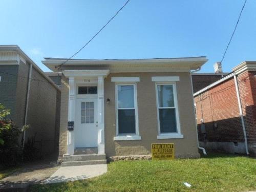 716 Lampton Street Photo 1
