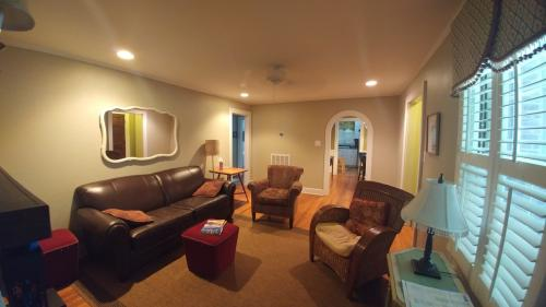 218 Horry Street SE #FURNISHED Photo 1