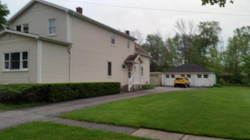 78 Hinchey Avenue Photo 1
