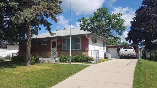 8708 W Custer Avenue #HOUSE Photo 1