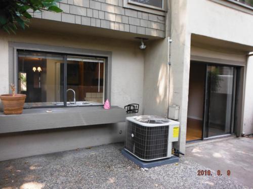 1704 Sandy Creek Lane Photo 1
