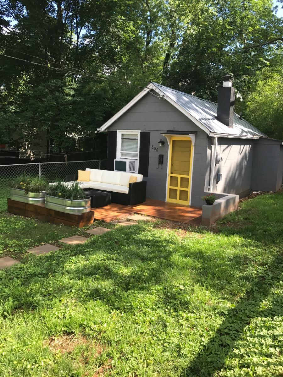 Sensational 806 Hinton Avenue Apt Cottage Charlottesville Va 22902 Home Interior And Landscaping Ologienasavecom