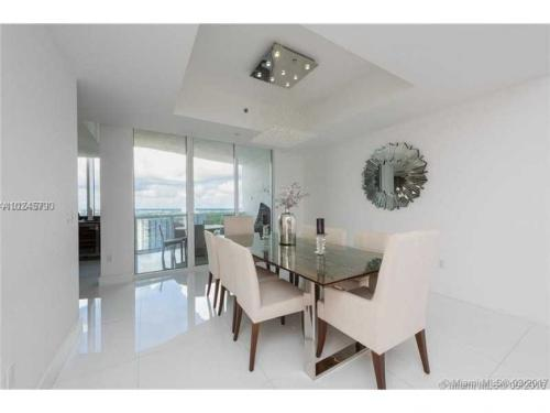15901 Collins Ave Photo 1