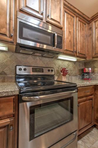 5836 E Lawndale Street Photo 1