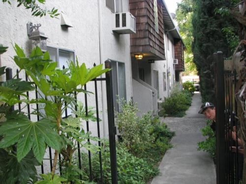 1618 H Street #2ND FLOOR Photo 1