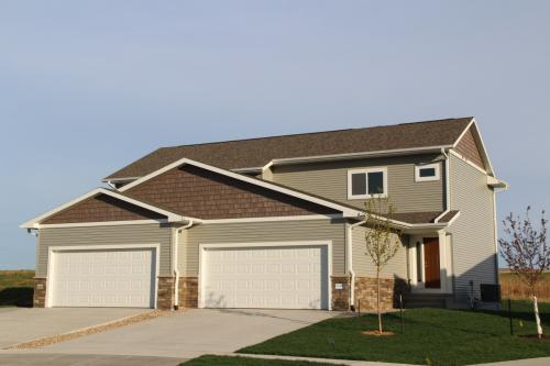 400 Ridge View Court Photo 1