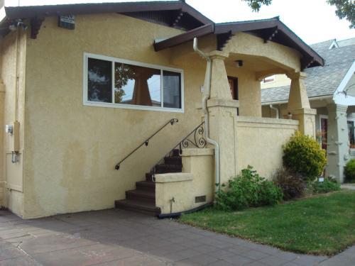 5235 Lawton Ave Photo 1