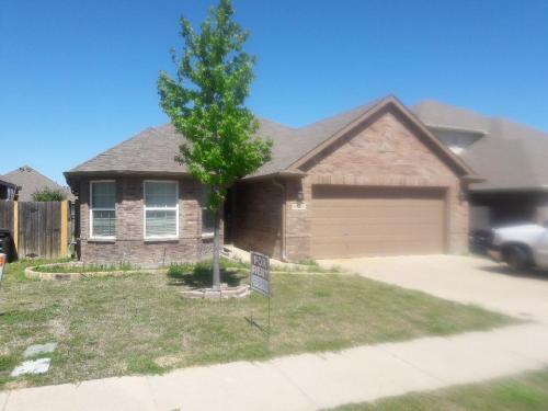 5424 Creek Hill Lane Photo 1