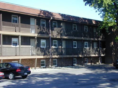 2915 N Richmond Rd Photo 1