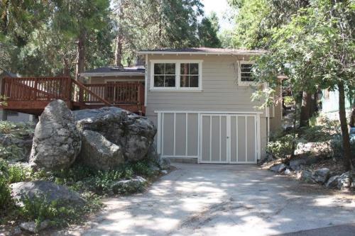 40967 Pine Drive Photo 1