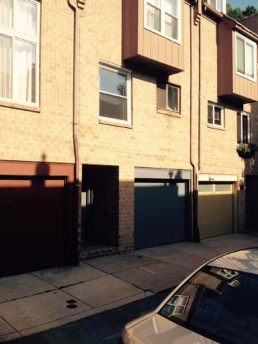 755 N Ringgold Street Photo 1